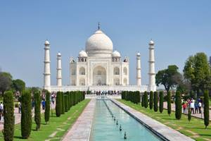 Taj Mahal - a Dream in White Marble